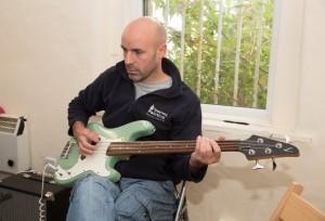 Alan-Guitar